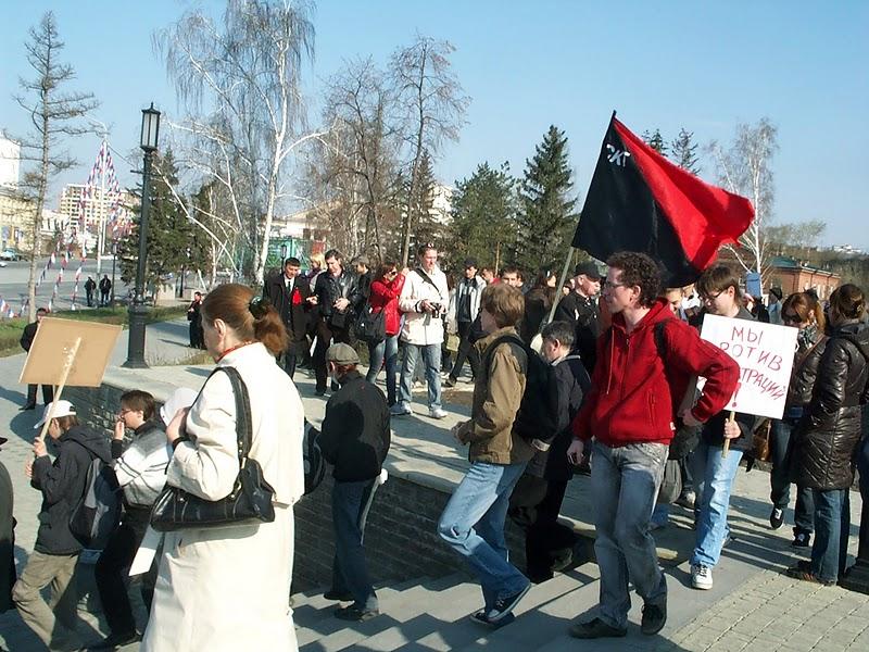 Лидеры молодёжного Яблока в Омске Антон Жебрун и Михаил Маглов